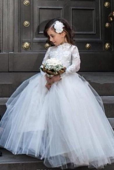 Princess Lace Flower Girls Dresses 2016, Long Sleeve Tulle Wedding Party Dresses, High Neck Girls Pageant Dresses, Cheap Girls Party Dresses, Formal Kids Wear For Wedding, Lovely Girls First Communion Dresses With Long Sleeve, Appliques Sweet Girls Dresses Party Gowns