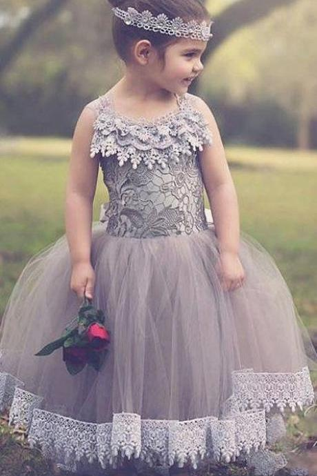 Cute Grey Lace Ball Gown Flower Girls Dresses 2017, Princess Lace Halter Sleeveless Girls Pageant Dresses, Ankle Length Tulle Lace Wedding Party Dresses, Cheap 2017 Girls Birthday Party Dresses Formal Christmas Event Gowns Ball Gown